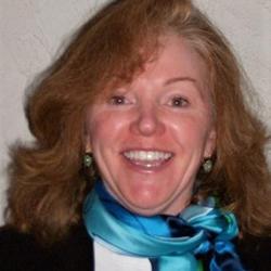 Linda Moffat Headshot